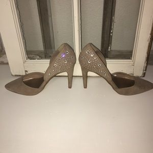 Tan Jaclyn Smith rhinestone heels